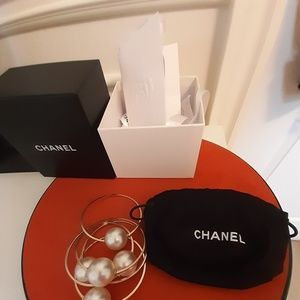 Chanel Buble Large Pearl Bracelet
